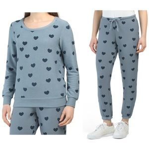 NWT- Chaser Heart Lounge Set